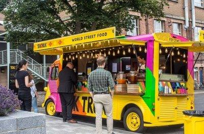 Edinburgh-Uni-Tuk-Truk-Image-open-serving