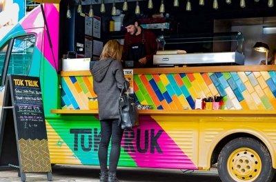 Edinburgh-Uni-Tuk-Truk-Image-serving