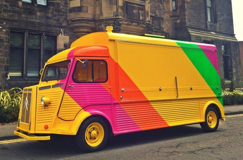 Edinburgh-Uni-Tuk-Truk-Image-vintage-hy